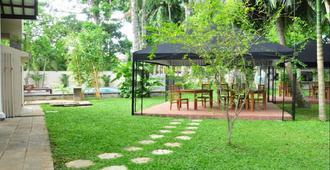 Gedara Resort - Kalutara - Patio