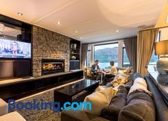 Commonage Villas by Staysouth - Queenstown - Edificio
