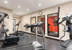 Country Inn & Suites by Radisson Jackson - Airport - Pearl - Γυμναστήριο