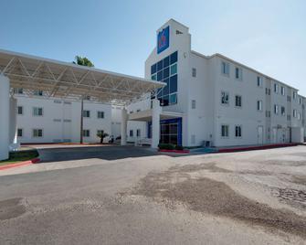 Studio 6 Brownsville, TX - Brownsville - Building
