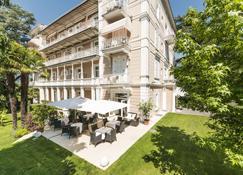 Hotel Adria - Meran - Gebouw