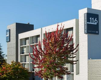 Hotel 116, A Coast Hotel Bellevue - Белвю - Building