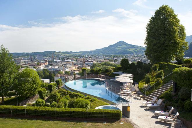 Schloss Mönchstein Hotel - Salzburg - Pool