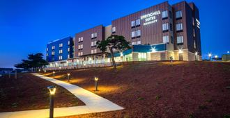 SpringHill Suites by Marriott The Dunes on Monterey Bay - Marina - Bâtiment