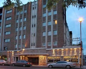Hotel Austral Bahia Blanca - Bahía Blanca - Gebäude
