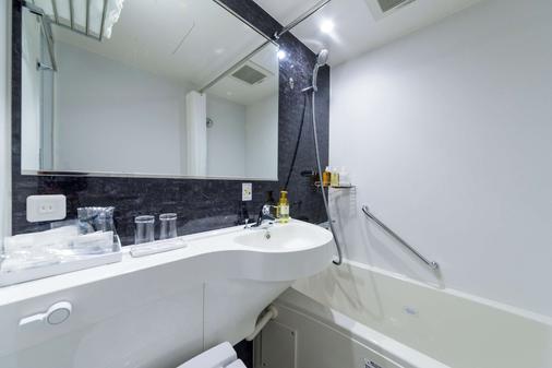 Best Western Hotel Fino Tokyo Akihabara - Tokyo - Bathroom