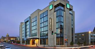 Ac Hotel Des Moines East Village - Des Moines - Building