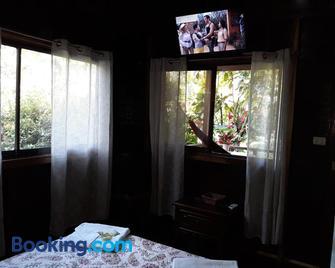 Cabinas Nirvana Ecolodge - Cahuita - Slaapkamer