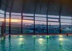 Grand Hyatt Berlin - Berlin - Pool
