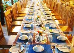 Octagon Lodge - Karatu - Restaurant