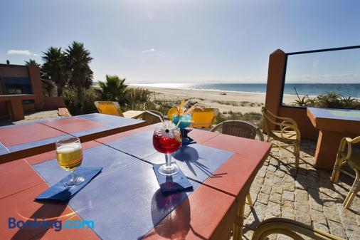 Beach Hotel Dos Mares - Tarifa - Beach