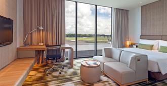 Crowne Plaza Changi Airport - Singapore - סלון