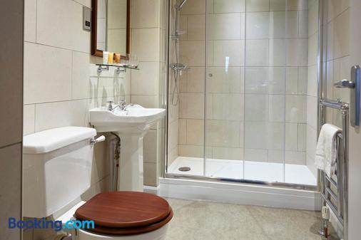 The Golden Pheasant - Knutsford - Bathroom