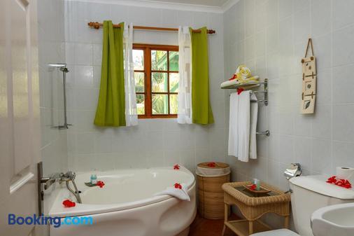 L Habitation Cerf Hotel - Victoria - Bathroom