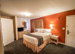 Suburban Extended Stay Hotel Stuart near Federal Hwy 1 - Stuart - Habitación