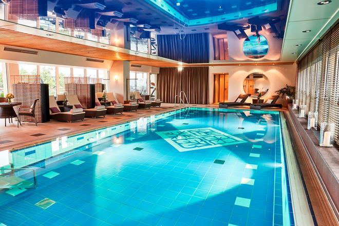 Hotel Vier Jahreszeiten Kempinski München - Munich - Pool
