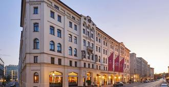 Hotel Vier Jahreszeiten Kempinski München - München - Bygning