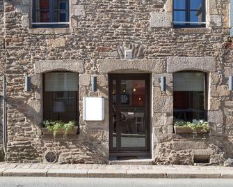 The Originals Boutique, Hôtel du Château, Dinan - Dinan - Building