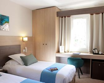 Sure Hotel by Best Western Coeur De Cassis - Cassis - Bedroom