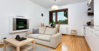 Apartment Platynowa Gdansk by Renters - גדנסק - סלון
