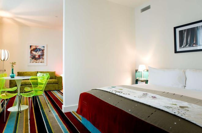 Hotel Debrett - Окленд - Спальня