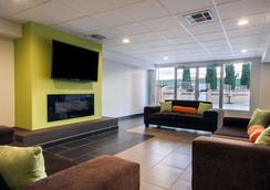 Quality Inn & Suites Airport - El Paso - Hành lang