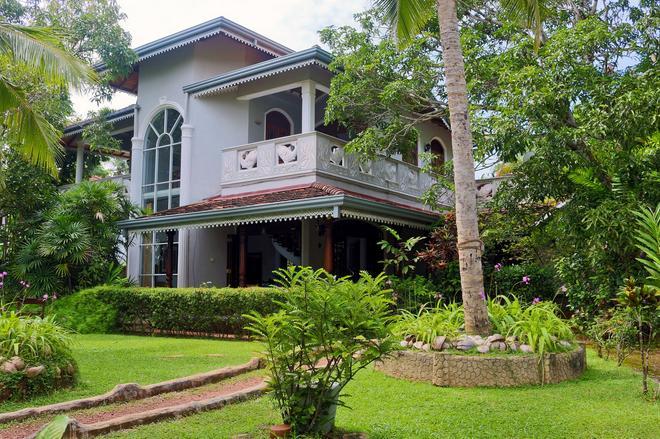 River View Villas - Bentota - Building