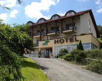 Hotel Mühlbergblick - Steinach (Thuringia) - Building