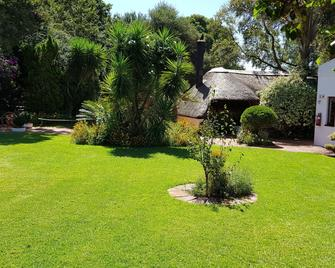 Blue Mango Lodge - Kempton Park - Outdoor view