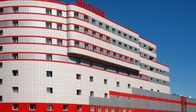 Mitino Hotel - Moscú - Edificio