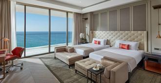 Mandarin Oriental Jumeira, Dubai - Dubai - Bedroom