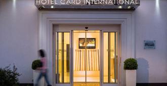 Card International - Rimini - Edifício