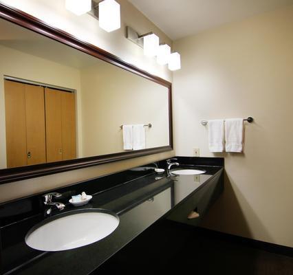 Best Western Plus City Center - Spokane - Phòng tắm