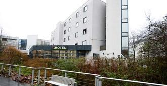 Brit Hotel Confort Rouen Centre - Rouen - Building