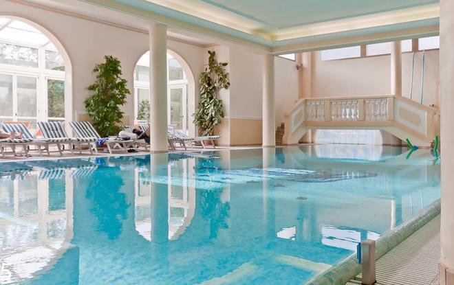 羅馬提米酒店 - 阿巴諾泰爾梅 - 阿巴諾泰爾梅 - 游泳池