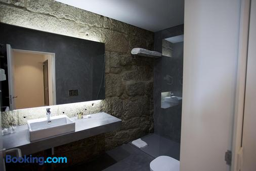 Belomontegh Guest House - Porto - Bathroom