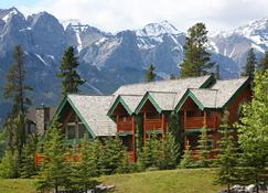 A Bear and Bison Inn - Canmore - Edificio