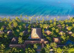 Ngapalii Bay Villas & Spa - Ngapali Beach - Вигляд зовні