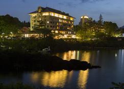 Fuji Lake Hotel - Fujikawaguchiko - Outdoor view