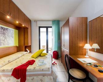 Hotel Villa Truentum - Martinsicuro - Спальня
