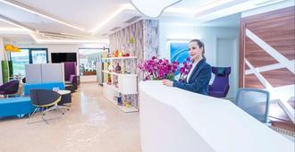Studio One Accommodation Suites - Bucarest