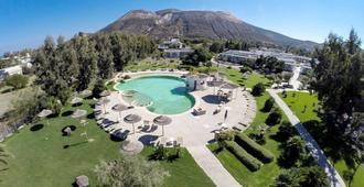 Mari del Sud Resort - Vulcano - Pool