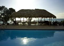 Jakes - Treasure Beach - Pool