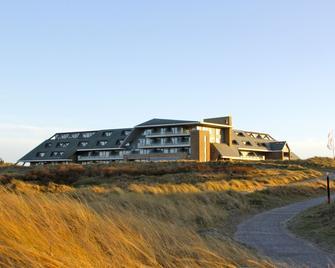 Paal 8 Hotel aan Zee - West-Terschelling - Building