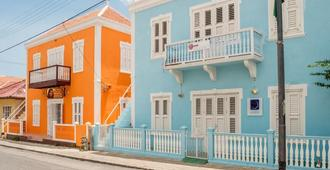 Poppy Hostel Curacao - Willemstad