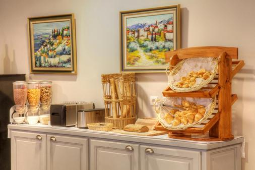 Best Western Hotel Le Sud - Manosque - Μπουφές