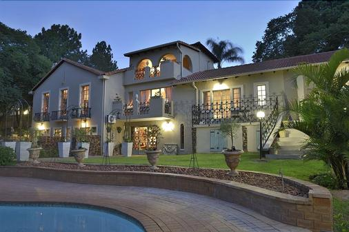 Duke & Duchess Boutique Hotel - Pretoria - Toà nhà