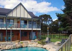 The View on Grossmans - Torquay - Building