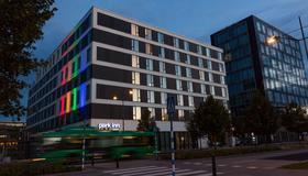Park Inn by Radisson Malmo - Μάλμε - Κτίριο