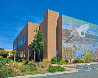 DoubleTree by Hilton Hotel & Spa Napa Valley American Canyon - American Canyon - Building